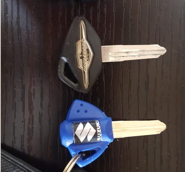 Click image for larger version.  Name:bully keys.jpg Views:28 Size:40.1 KB ID:384716